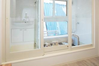 お掃除がラクな水洗いできるドッグスペースのある2世帯住宅。リフォーム・リノベーション、3世代同居で補助金受給。愛犬を丸洗い。住宅性能も向上。施工はアシスト企画。女性目線で安心。