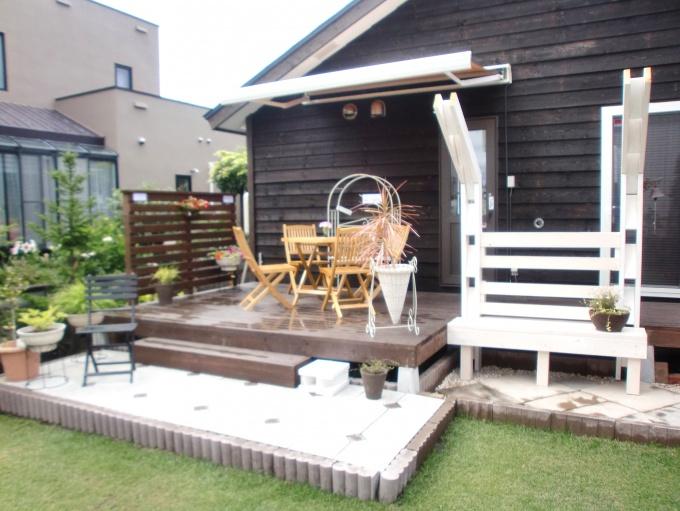 エクステリア・外周り・お庭のリフォーム。札幌市北区でお庭周りのリフォームはログハウスや新築・リフォームも手掛ける森のガーデンへ。ガーデンリフォームで家の印象が変わります。