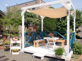 テラス。エクステリア・外周り・お庭のリフォーム。札幌市北区でお庭周りのリフォームはログハウスや新築・リフォームも手掛ける森のガーデンへ。ガーデンリフォームで家の印象が変わります。