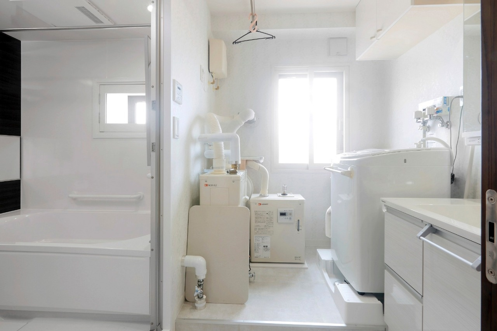 【札幌 2世帯リフォーム マンション 】札幌のマンション2世帯リフォーム実例。親族が集まる本家を2世帯住宅へとリフォーム。バリアフリーでスムーズな動線。暖房パネルや配管も一新し、断熱性能アップ。<札幌・2世帯リフォーム> マンションリフォームの実例をご紹介します。「住友不動産新築そっくりさんマンションリフォーム第三事業所北海道営業所 札幌 断熱」リフォーム事例です。